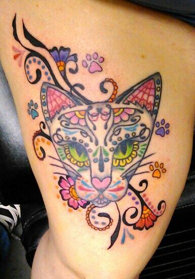 Cabeça de gatinho estilho caveira mexicana